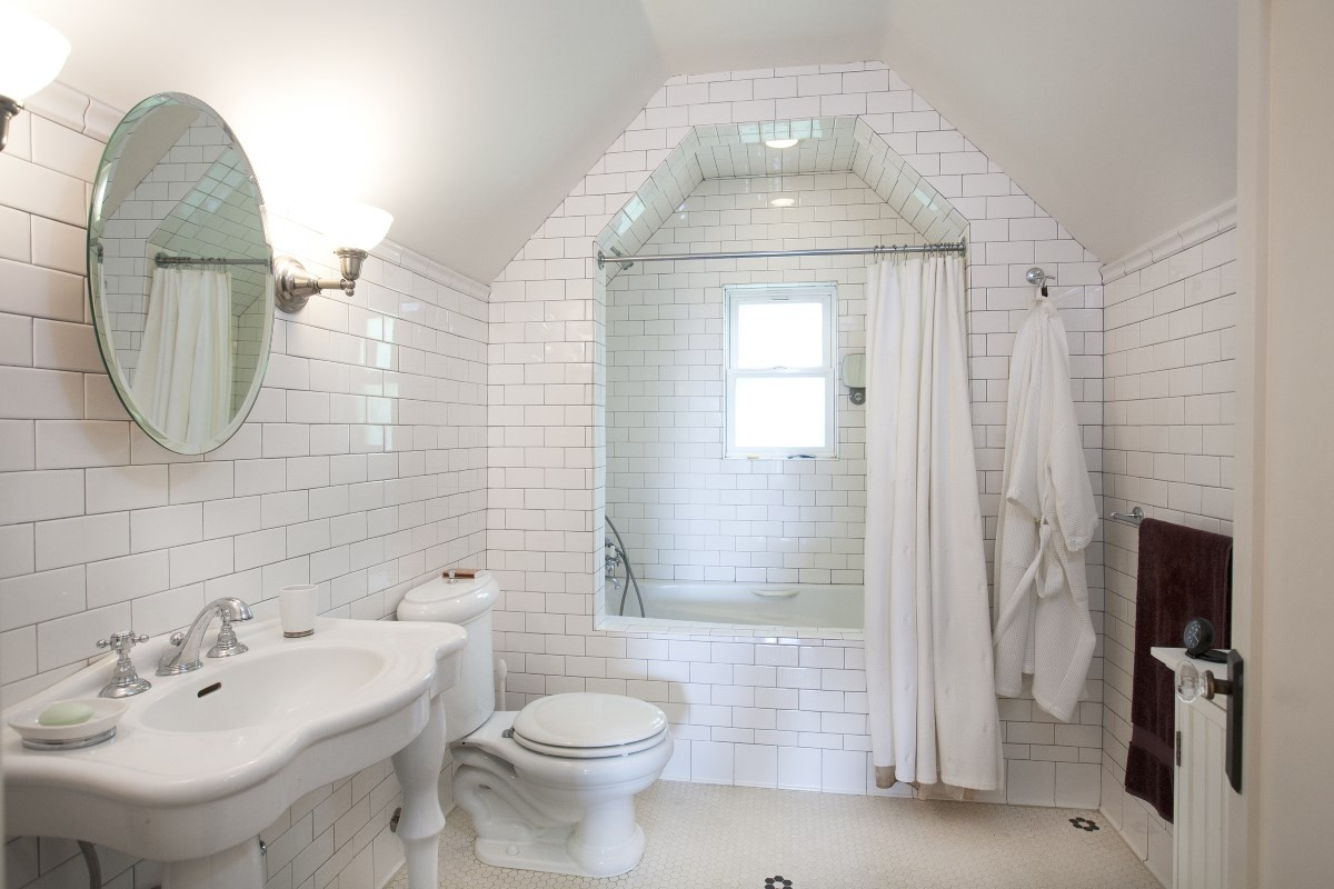 1363 N Orange Grove Spaulding Square English Revival Bungalow Master Bath