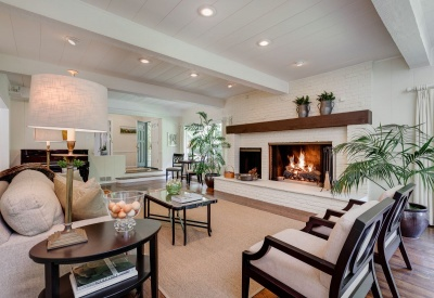 16056 Woodvale Rd Private Encino Country Estate Living Room