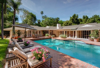 16056 Woodvale Rd Private Encino Country Estate Pool Area