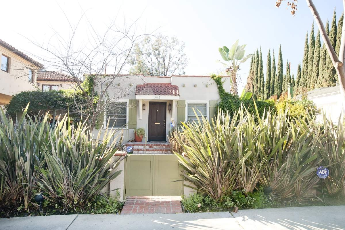 843 Huntley West Hollywood Premier Fourplex Front House