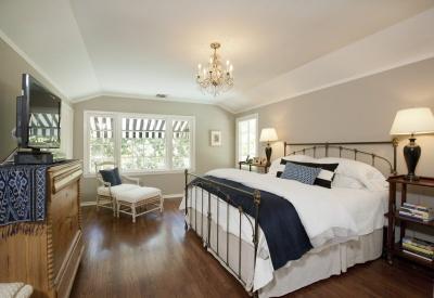 1930's Glendale Mills Act Monterey Colonial Master Bedroom