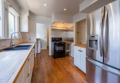 1411 N Stanley Avenue Spaulding Square Adjacent Bungalow Lease 90046 Kitchen