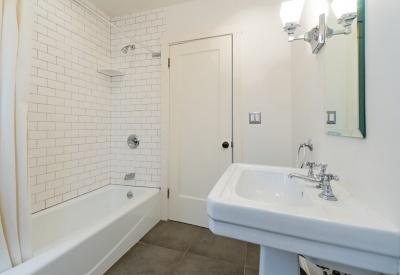 1411 N Stanley Avenue Spaulding Square Adjacent Bungalow Lease 90046 Hall Bath